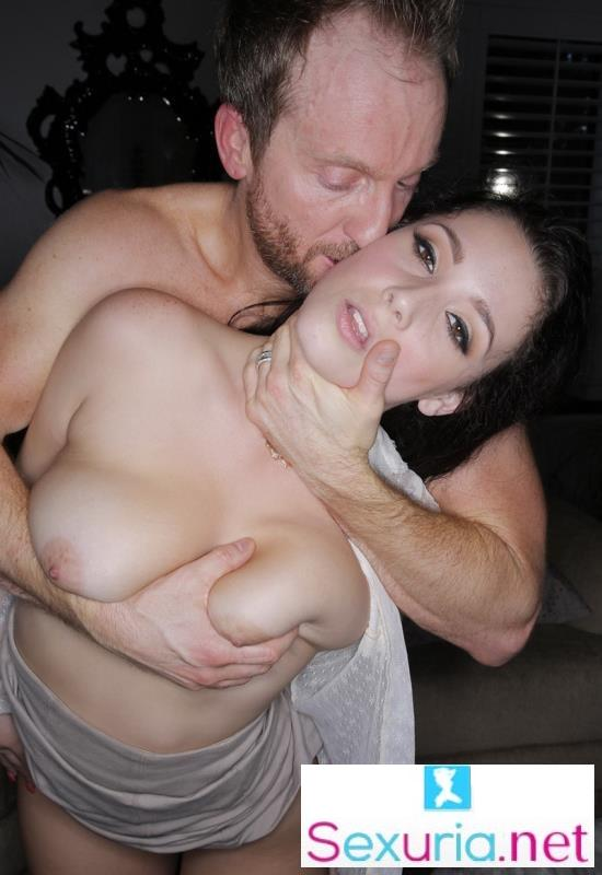 Noelle Easton - Passion Sex With Milf HD  720p